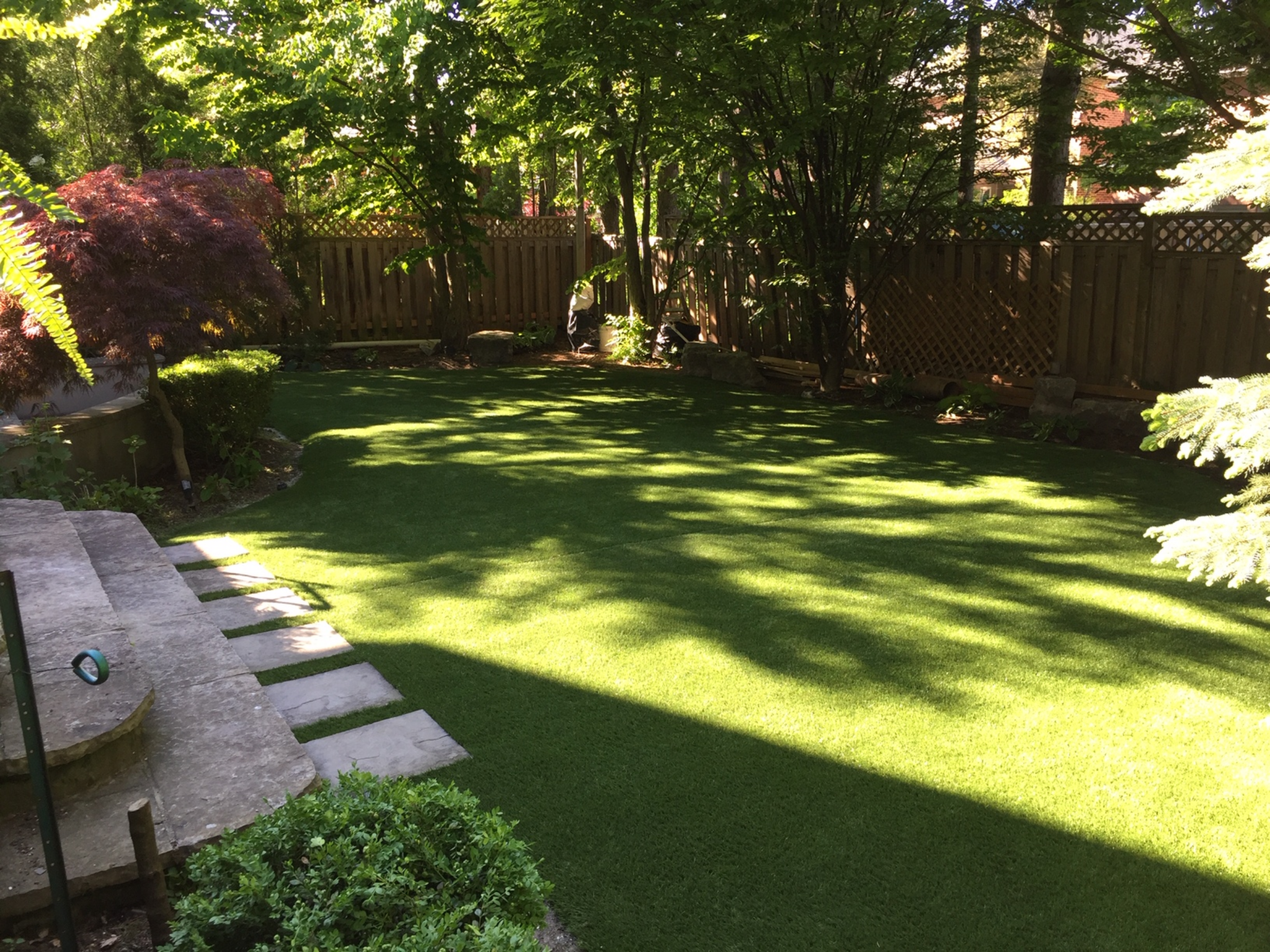 idela landscaped artificial grass