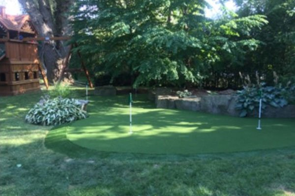 lush-green-golf-green