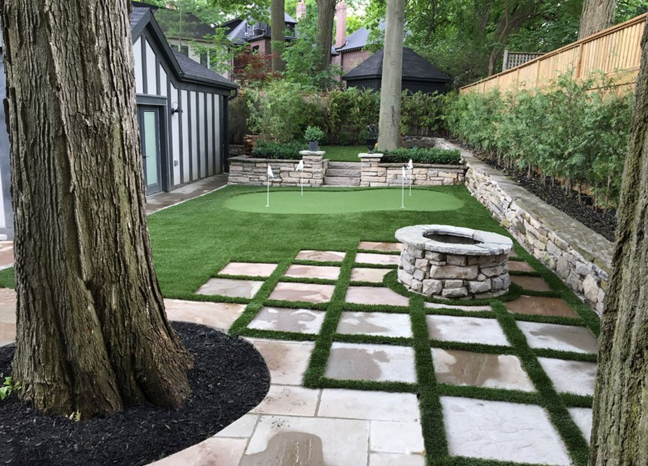 beautiful-mini-golf-and-landscape-grass-in-backyard