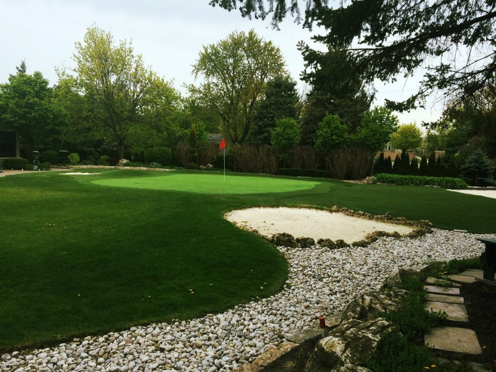 Sand Trap River rock & Putting greens