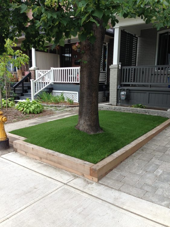 Great solutions for small areas under trees