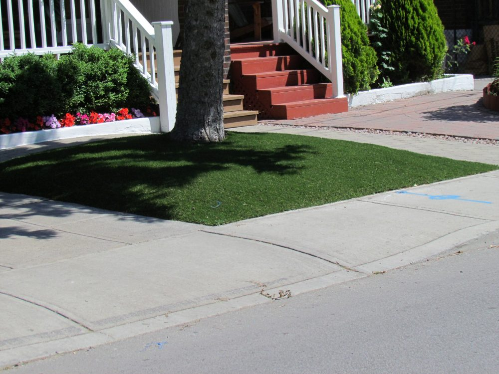 impeccable frontage made perfect with artificial grass