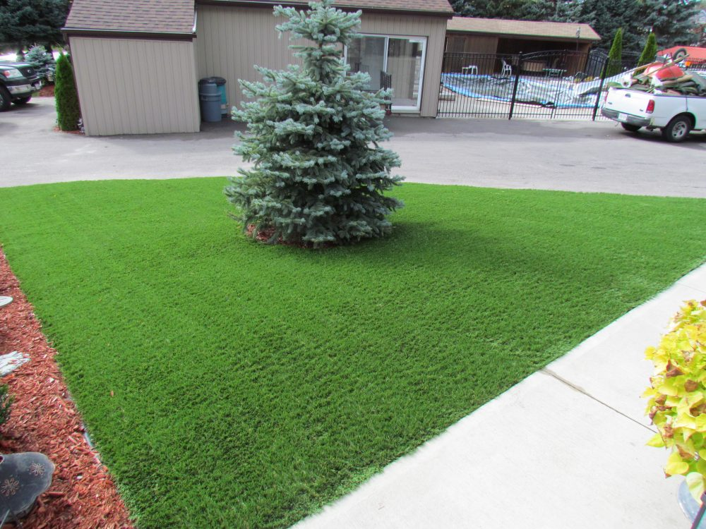 Synthetic lawns pay for themselves after 5-7 years