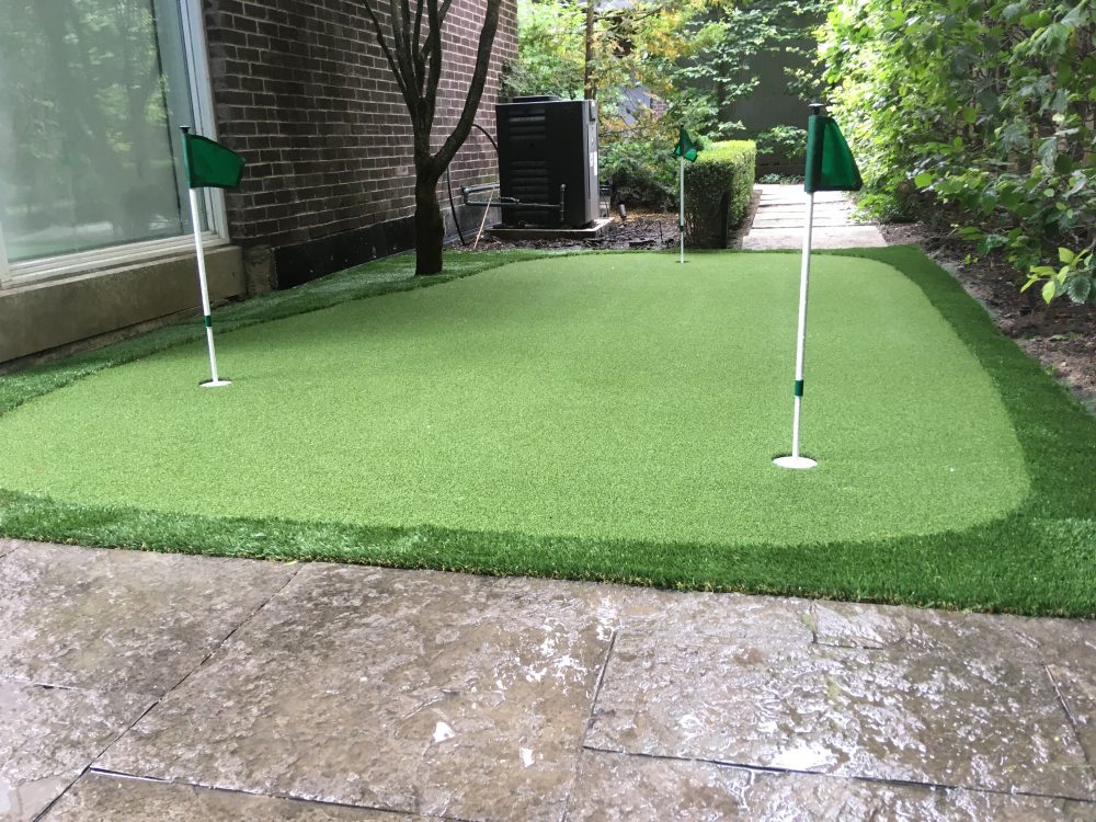 Great Side-yard Golf green that makes use of what would be considered unusable space.