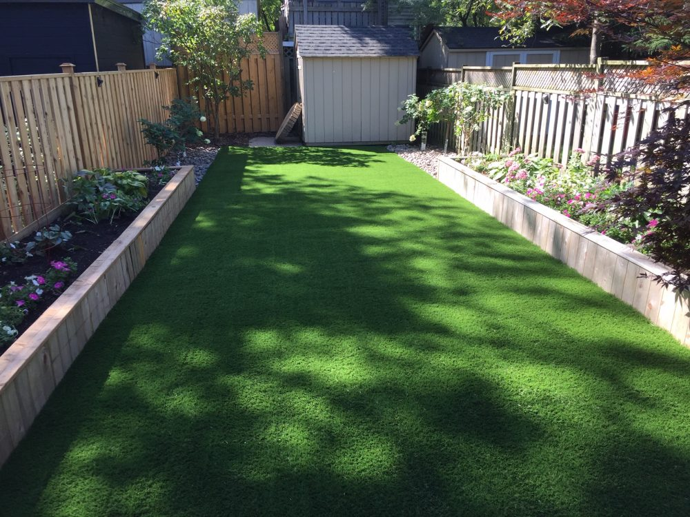 Perfectly landscaped gardens matches perfect artificial grass