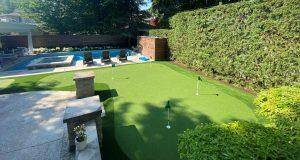 L-shaped golf green to a hitting net