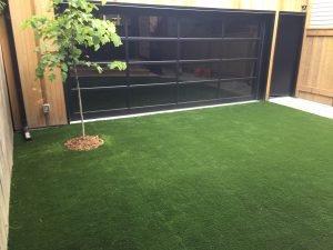 Modernistic Sleek no maintenance backyard
