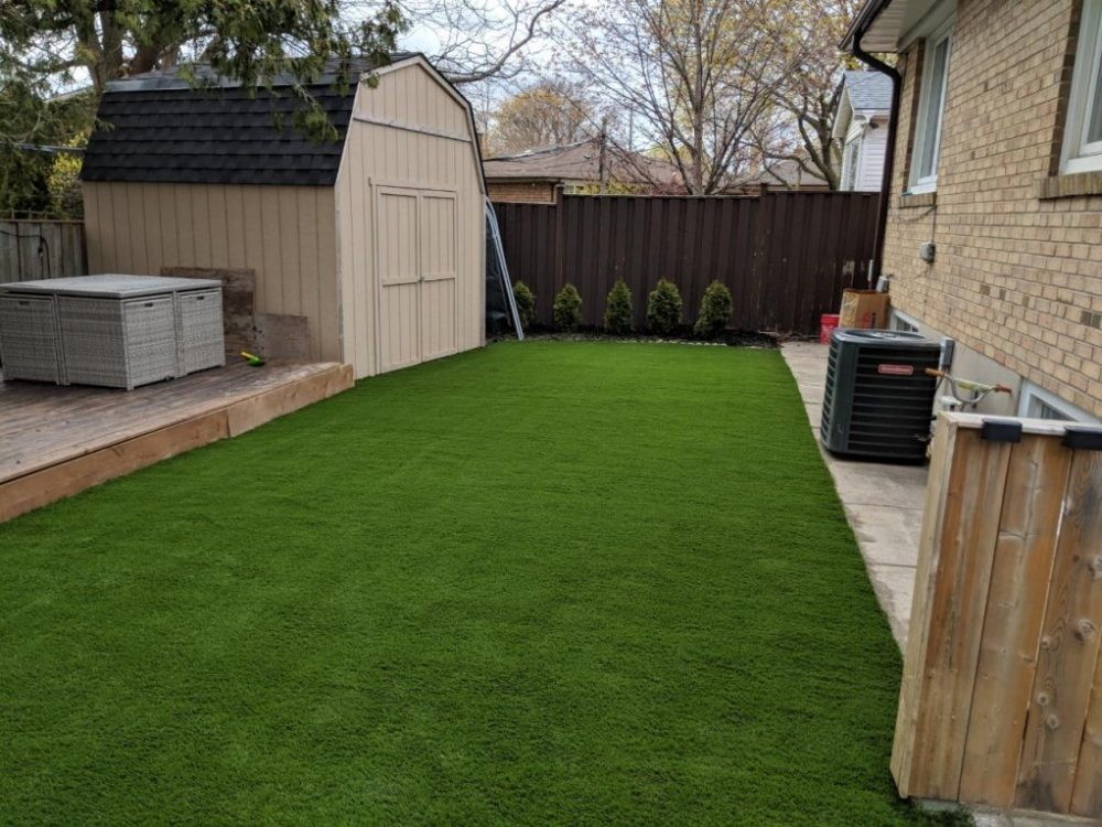 Keep it neat & clean with fake grass and no maintenance