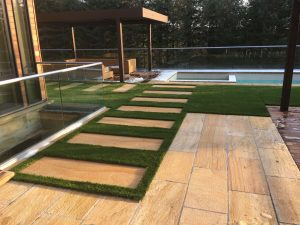 Use landscape pavers for opulence & luxuriousness