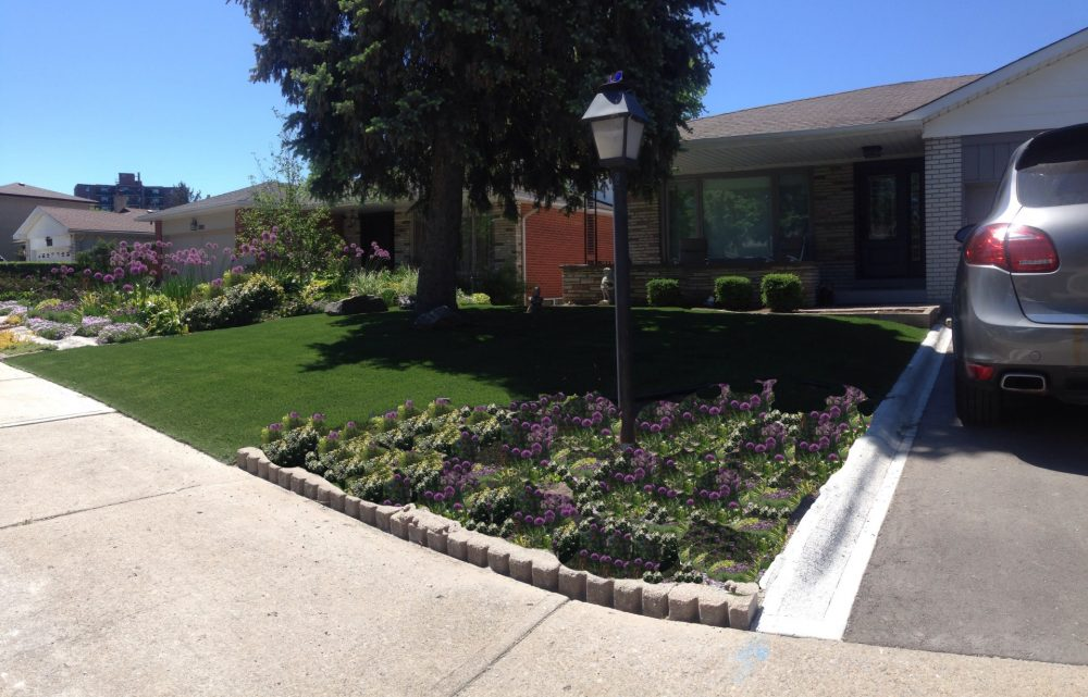 front yard ississauga with flowers