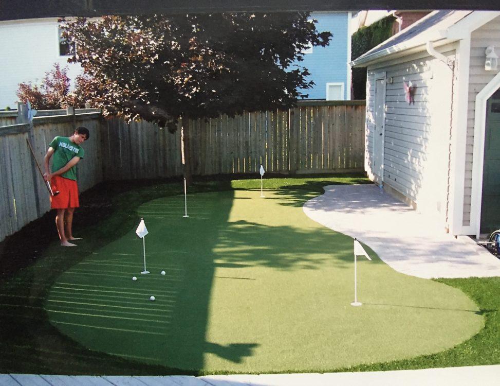 Ajax artificial golf green