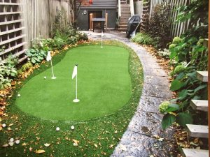 Yonge street mid Toronto small artificial golf green